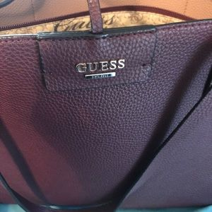 2 pieces set of guess purse